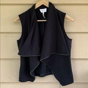 LAUNDRY Shelli Segal Black vest jacket Moto zip M